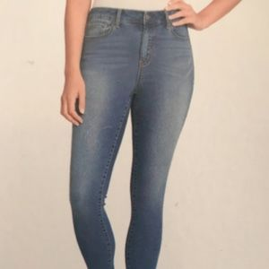 Jessica Simpson Women's STRETCH Skinny Jeans